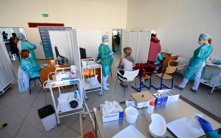 V Nitre zaočkovali takmer 2500 pedagógov