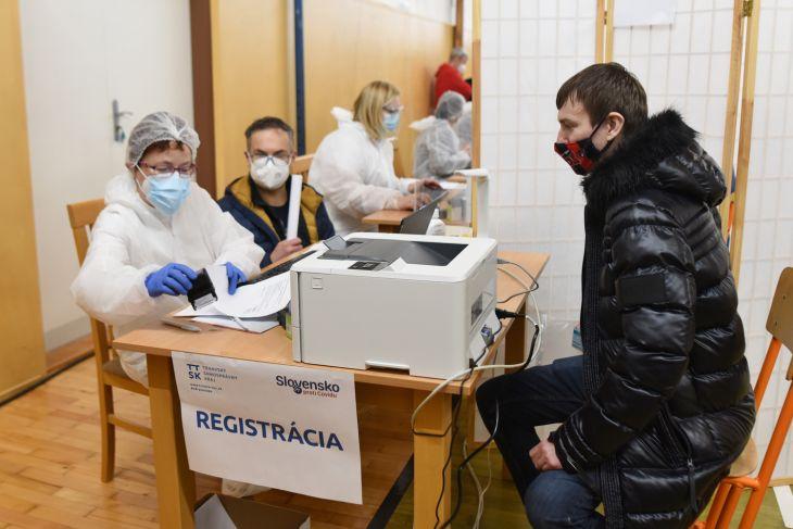 Očkovacie centrum v Trnave zaočkovalo už takmer 6000 ľudí