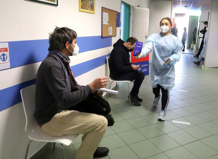 Nemocnica žiada ľudí, aby dodržiavali termín očkovania