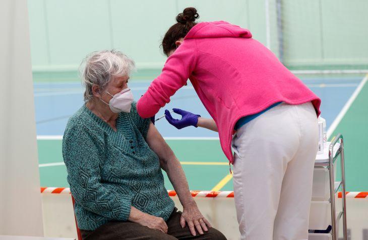 V sobotu sa otvorí 18.000 nových termínov pre seniorov