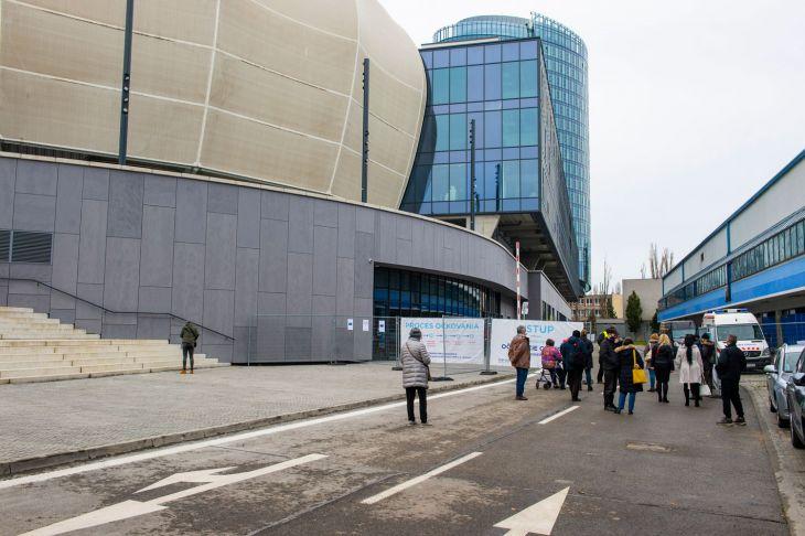 Bratislava zvyšuje kapacitu očkovacieho centra na NFŠ